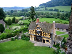 Stokesay Castle (Seventh Heaven Photography *) Tags: shropshire nikon d3200 stokesay castle craven arms building architecture grass lawn trees house timber framed landscape view sky
