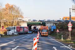 Fünf schwerverletzte bei Unfall auf der A5 (Wiesbaden112.de) Tags: a5 autobahn bab5 feuerwehr hubschrauber manv manv10 massenunfall polizei rettungsdienst rettungshubschrauber schwerverletzte sperrung unfall verletzte vollsperrung