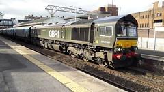 66779 6E09 Altrincham 08/10/18 (Damian47fan) Tags: 66779 eveningstar brgreen livery gbrf class66 locomotive shed 6e09 liverpoolbiomassterminal draxaes biomass altrincham 081018