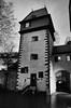 Frankfurt, Kuhhirtenturm (rgiw) Tags: deutschland city street blackwhite bw schwarzweiss sw colour farbe stadt monochrome skyscraper wolkenkratzer strasse building gebäude ricohgrii hessen frankfurt blackandwhite bauwerk architektur architecture