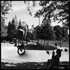 Skate park (swedish silver) Tags: skate park dare hasselblad imacon trix bw film air analogue kodak