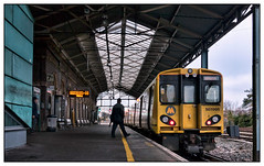 Catch 'em while you can? (david.hayes77) Tags: 2c44 cheshire chester class507 507005 merseyrail 2018 autumn passenger silhouette victoriana