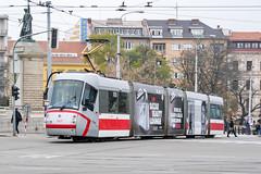 BRN_1927_201811 (Tram Photos) Tags: skoda škoda 13t brno brünn strasenbahn tram tramway tramvaj tramwaj mhd šalina dopravnípodnikměstabrna dpmb