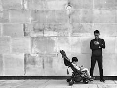 Like father, like son (Rob Pearson-Wright) Tags: streetphotography iphone7plus sloanestreet england uk london distracted father kids shotoniphone candid blackandwhite bw iphoneography street