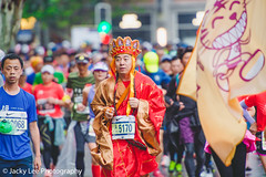 LD4_9656 (晴雨初霽) Tags: shanghai marathon race run sports photography photo nikon d4s dslr camera lens people china weekend november 2018 thousands city downtown town road street daytime rain staff
