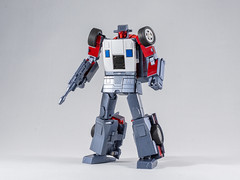 DSC00202 (KayOne73) Tags: sony a7riii nikon 40mm f 28 micro macro transformers toys figures 3rd party robot action masterpiece mp x transbots flipout wildrider stuntacon
