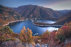 Autumn Evening (hapulcu) Tags: balkan bulgaria bulgarie bulgarien devin herbst vacha automne autumn autunno dam otoño reservoir toamna