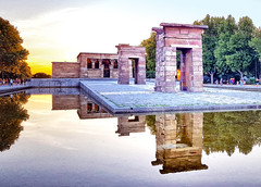 Temple of Debod in Madrid (Randy Durrum) Tags: temple debod madrid dpain spain sunset pootl reflecting durrum samsung s6