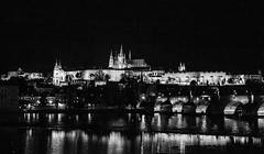 Prague (romanboed) Tags: leica m 240 summilux 50 czech europe cesko czechia prague praha prag praag praga city fall autumn travel tourism 布拉格 прага プラハ براغ 프라하 cityscape panorama castle hrad bw black white night monochrome charles bridge karluv most vltava reka river moldau st vitus cathedral katedrala sv vita