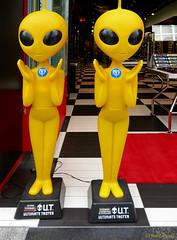 Japan: Osaka, UT noodle aliens (Henk Binnendijk) Tags: ut ultimatetasters japan osaka shopfront commercials ramensoup japanesetv aliens dolls cupnoodles americamura americanvillage nishishinsaibashi chuoku