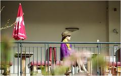 Montags am Balkon ... (eulenbilder) Tags: kino millstatt figur montagsgesicht explore