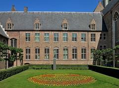 2014  95739AO  NL. (Maarten van der Velden) Tags: nederland netherlands niederlande paysbas paísesbajos paesibassi middelburg abdij groenmarkt