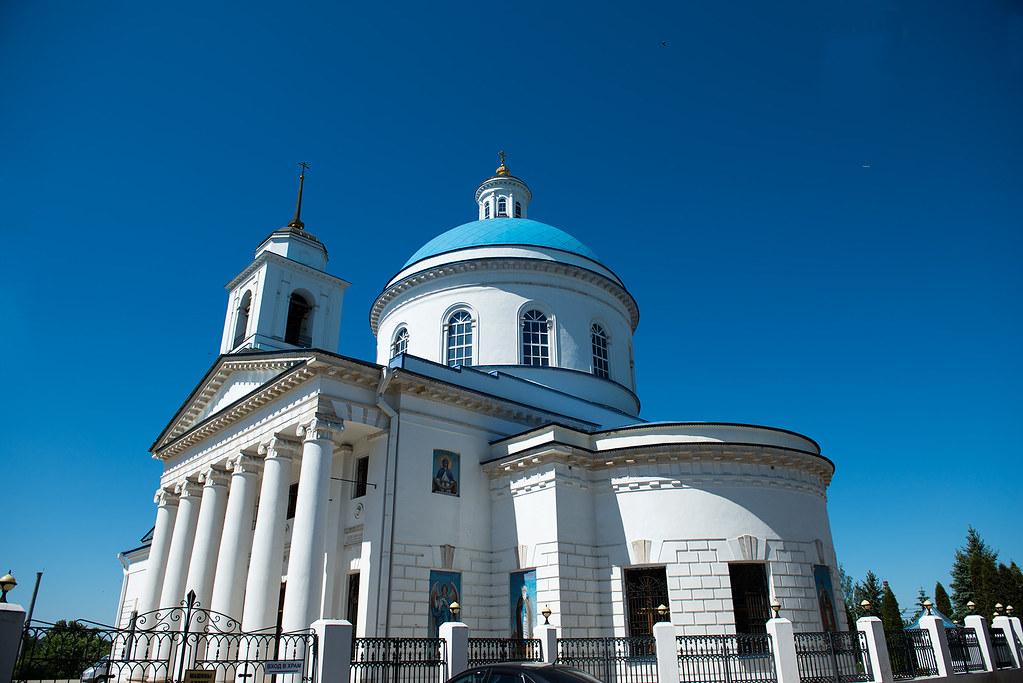 фото: Собор Николая Чудотворца Белого в Серпухове