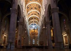 Duomo San Martino - Lucca (Darea62) Tags: church art architecture interior cathedral dome tuscany italy toscana chiesa columns sigmalenses cult religion catholic jesus christian