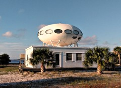They're here 👽 (Dave* Seven One) Tags: ufo ufohouse cool strange wierd unique aliens themothership fl house home