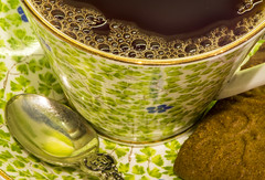 A Relaxing Cup of Tea (fotofrysk) Tags: macromonday hmm brew arelaxingcupoftea tea cup china bonechina rosinapattern cornflower spoon silverplated delibelle speculaas cookie canada ontario thornhill cityofmarkham afsmicronikkor105mm28ged nikond7100 201902032326