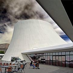 Le Havre - Le Volcan (pom'.) Tags: panasonicdmctz101 lehavre 76 seinemaritime normandie france europeanunion architecture augusteperret oscarniemeyer 20thcentury 100 may 2018