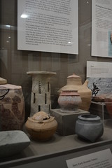 Chicago, IL - University of Chicago - Oriental Institute - Mesopotamian - Early Dynastic Pottery (jrozwado) Tags: northamerica usa illinois chicago universityofchicago university museum orientalinstitute middleeast neareast history archaeology mesopotamian pottery