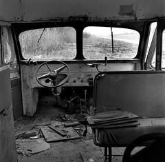 Iberville Parish, Louisiana 1987 (Dave Glass . foto) Tags: louisiana ibervilleparish schoolbus atchafalayariver rolleicordv mediumformat kodaktmax400 deepsouth bayou bigforkbayou chevroletschoolbus pierrepartla