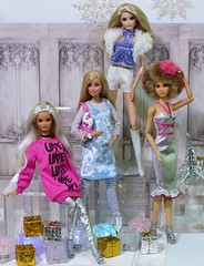Holiday Sparkle (Annette29aag) Tags: barbie doll holiday sparkle platinumpop madetomove andywarholbarbie rocker drummer