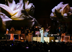 Florence and the Machine 12/09/2018 #11 (jus10h) Tags: florence welch themachine florenceandthemachine theforum forum inglewood losangeles california live music concert festival fest kroq almost acoustic christmas sunday december 9 2018 justinhiguchi sony dscrx10 dscrx10m3