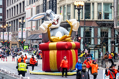 Uncle Dan's Thanksgiving Day Parade 2018 (spierson82) Tags: chicago bugsbunny looneytunes statestreet parade thanksgivingparade uncledansthanksgivingdayparade thanksgiving illinois unitedstates us