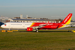 D-AVXT // VietJet Air // A321-211SL // MSN 8592 // VN-A628 (Martin Fester - Aviation Photography) Tags: davxt vietjetair a321211sl msn8592 vna628 a321 msn 8592 hamburg finkenwerder finkenwerderairport flickraviation xfw xfwedhi edhi airplane aircraft airbus airbusindustrie aviation aviationonflickr aviationgeeks planes planespotting flugzeuge