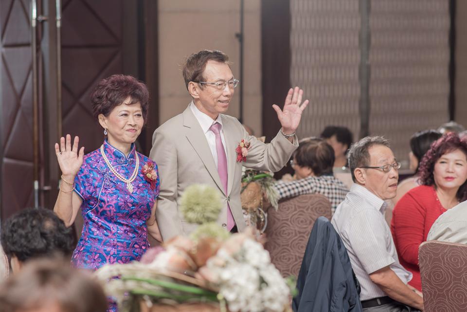台南東東宴會式場 婚宴 走在幸福的紅毯上 R & B 106