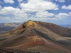 Lanzarote : Timanfaya (pogona) Tags: gx8 lumix panasonic 14140mm lanzarote timanfaya volcan mountains lave île island paysage landscape tdb thierrydebleye pogona 2016 vacances2016
