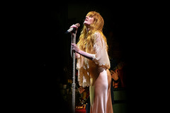 Florence + The Machine (alexisdayfoot) Tags: skookumfestival skookum 1027thepeak music musicfestival musician bcmusic yvrmusic yvr vancouverbc vancouverconcert vancouvermusic vancouvercanada stanleypark livemusic livemusicphotography concert concertphotography florencethemachine florencewelch fatm florenceandthemachine
