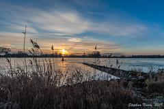 Frosty sunrise at the river (Stephan Neven) Tags: sunrise frozen cold winter lek river water schoonhoven sky sun landscape outdoor polder