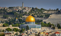 Temple Mount and Dome of the Rock viewed from Bell Tower of Church of the Redeemer in Old City of Jerusalem Israel (mbell1975) Tags: 2018 temple mount dome rock viewed from bell tower church redeemer old city jerusalem israel jerusalemdistrict il jlm middleeast middle east altstadt historic ancient יְרוּשָׁלַיִם golden