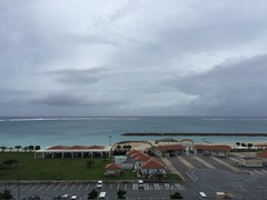2016-09-26 07.40.00 (jccchou) Tags: okinawa 沖繩 琉球 japan sky cloud beach ocean hotel