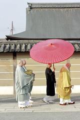 _MG_1845 (Nekogao) Tags: japan winter kyoto kansai 日本 関西 京都府 京都市 京都 冬 東寺 世界文化遺産 世界遺産 unescoworldculturalheritage unescoworldheritage toji 坊主 monks buddhistmonks