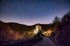 Burg Eltz (clemensgilles) Tags: longexposure stargazing starlight sternenhimmel night burgeltz château castillo astrophotographers astrofotographie nachtfotografie deutschland eifel germany