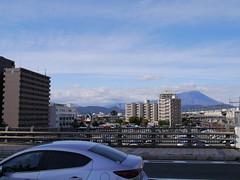 Mt. Iwate (しまむー) Tags: panasonic lumix dmcgx1 gx1 sigma art 19mm f28 dn round trip train