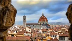 un pensiero bello (Gio_guarda_le_stelle) Tags: florence firenze italia palazzovecchio piazzadellasignoria italy