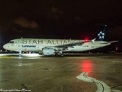 Lufthansa D-AIPC HAJ at Night (U. Heinze) Tags: aircraft airlines airways airplane planespotting plane night 1240mm olympus penf haj hannoverlangenhagenairporthaj eddv