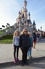 Sue & The Kids By Sleeping Beauty Castle (Joe Shlabotnik) Tags: disneylandparis 2018 castle sue paris april2018 france disney everett violet disneyland proudparents eurodisney afsdxvrzoomnikkor18105mmf3556ged