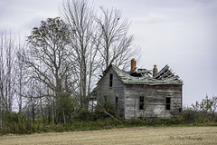 no one home anymore (TAC.Photography) Tags: 2018yip abandoned old oldbuilding farm farmhouse derelict rural tomclarknet tacphotography nikon nikoncamera country puremichigan