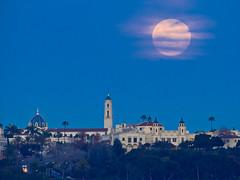 Moonrise crop (BorrowedLightPhoto) Tags: moon blood full universityofsandiego sandiego canondpp acdsee luminar