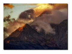 Paysage G37 Dg1 Rz Omb  Bd Rd1 _MG_8569 (thierrybarre) Tags: badlands landscape mood graphisme lignes montagnes vieux érosion texture alpes automne hiver sunset sunrise nuages