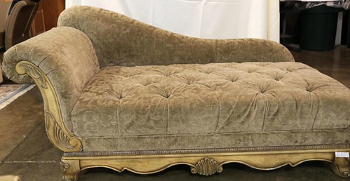 French provential style fainting sofa (179.20)