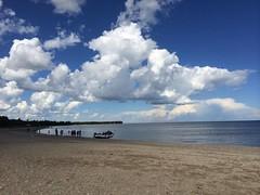 Gimli beach (CC Benison) Tags: gimli manitoba ccbenison paulisdead paulisdeadanovel