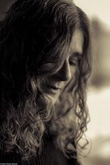 Nachdenkliche Schnönheit (hdbrand) Tags: leica mmonochrom 90mm portrait sw bw