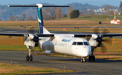 C-GWFE WestJet Encore Bombardier Q400@YYJ 12Jan19 (Spotter Brandon) Tags: cgwfe westjet westjetencore bombardier dash8 dh8d q400 yyj cyyj victoria