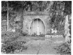 Fermé (ludob2011) Tags: brest penfeld souterrain tunnel bronica zenza 645 120 etrs