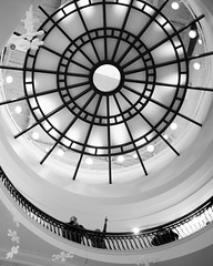Ceiling Spiral (Sean Anderson Media) Tags: spiral ceiling lookingup pointing dome skylight architecture blackandwhite monochrome streetphotography sonya7sii canonef50mmf18 primelens fotodiox canontosonyfusionplus