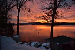 Smith Mountain Lake, Virginia, America. (Explored 18/12/18) (vickyouten) Tags: sunrise sunset beautifulsunset amazingsunset smithmountainlake virginia america usa holiday vacation friendshouse vickyouten