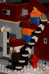 Going up (353/365) (Tas1927) Tags: 365the2018edition 3652018 day353365 19dec18 lego minifigure minifig
